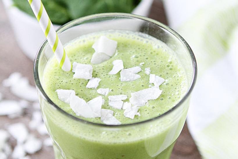 Green Smoothies-SWIHA-Blog-Holistic-Nutrition-coconut
