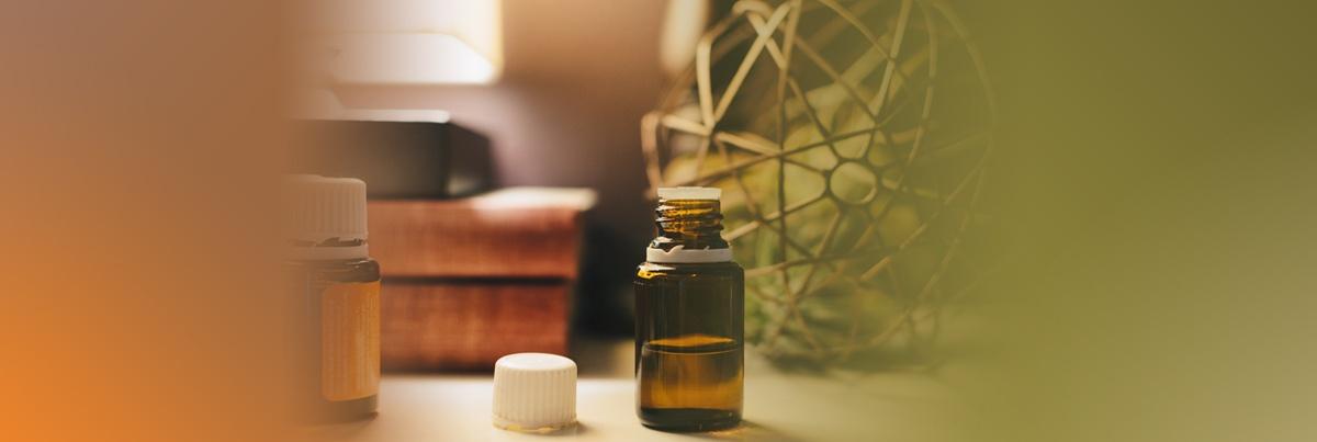 Aromatherapy-SWIHA-Blog-divider